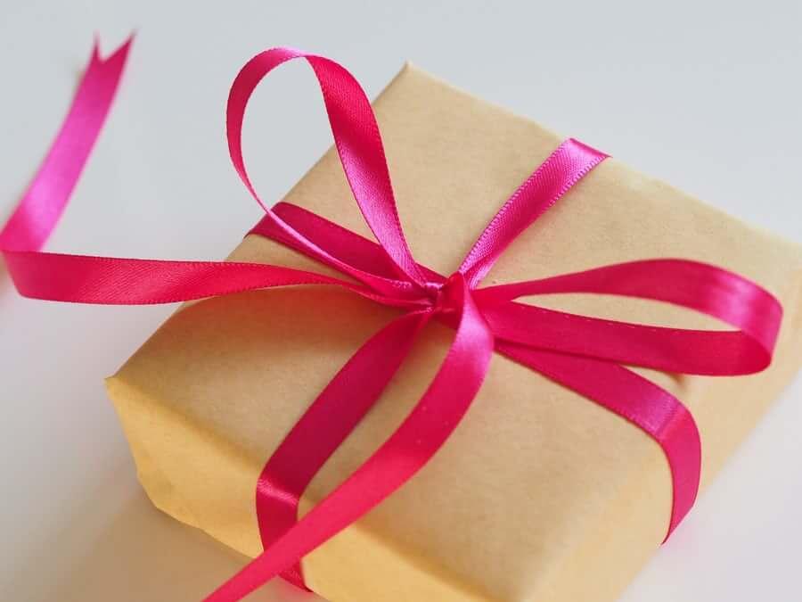 איך להפתיע במתנה מקורית את בן הזוג?